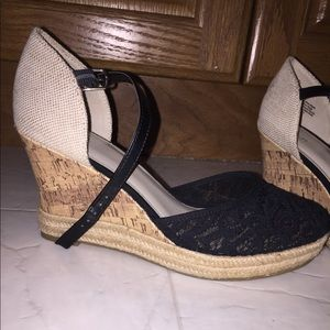 Brand new APT 9 wedges